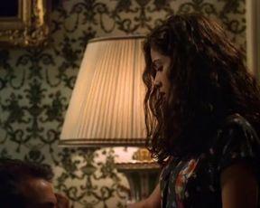 Sexy Salma Hayek Sexy - El Callejón de los Milagros (Midaq Alley, 1995) TV show scenes