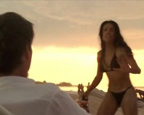 Sexy Salma Hayek Sexy - After The Sunset (2004) TV show scenes