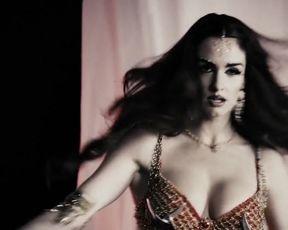 Sexy Paz Vega Sexy - The Spirit (2008) TV show scenes