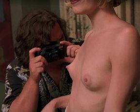 Odessa Munroe, Tracy Trueman nude - Saving Silverman (2001)