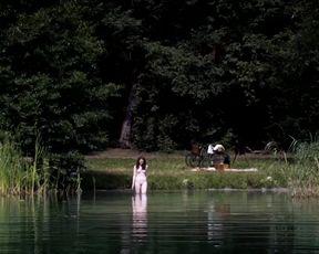 Sexy Christiane Paul, Maria Ehrich - Das Adlon. Eine Familiensaga