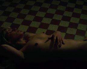 Naked scenes Marina Fois - Irreprochable (2016)