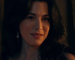 Naked scene Lucy Lawless, Jaime Murray - Spartacus. Gods of the Arena s01e02 (2011) TV show nudity video