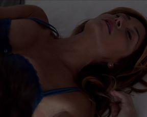 TV show scene Isidora Goreshter, Sasha Alexander - Shameless s06e04 (2016)