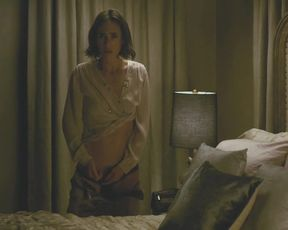 Jennifer Connelly nude - Shelter (2014)