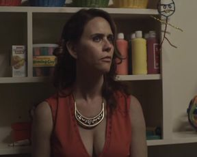 Actress Amy Landecker, Gaby Hoffmann - Transparent S02E01-04 (2015) Nudity and Sex in TV Show