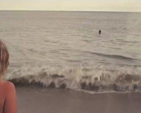 Bridey Elliott, Clare McNulty, Hallie Haas, Christine Spang - Fort Tilden (2014)