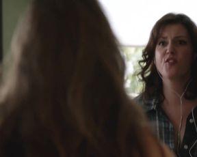 TV show scene Melanie Lynskey nude - Togetherness S01 BR (2015)