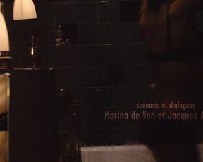 Celebs Sophie Marceau, Monica Bellucci - Ne te retourne pas (2009)