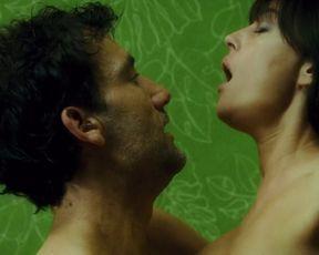 Monica Bellucci - Shoot Em Up (2007)
