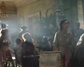 TV show scene Hannah New, Jessica Parker Kennedy nude - Black Sails S03E02 (2016)