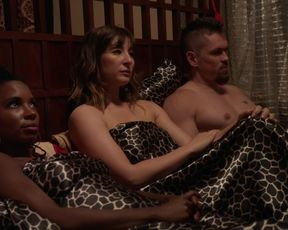 Actress Shanola Hampton, Isidora Goreshter, Ruby Modine - Shameless S07 E07-08 (2016) Nudity and Sex in TV Show