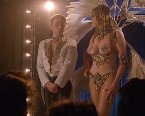 TV show scene Geena Davis nude - Glow s03e09 (2019)