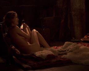 Celebs Laetitia Casta,Kate Moran, Olivia Cote naked - Nes en 68 (2008)