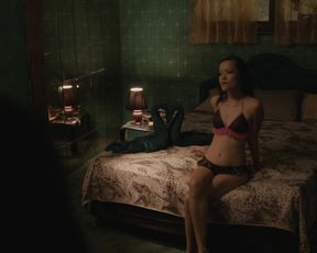 TV show scene Merlynn Tong nude - Top of the Lake s02e02 (2017)