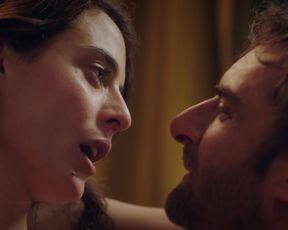 TV show scene Nailia Harzoune nude - Le Grand Bazar s01e01e03e04e06 (2019)
