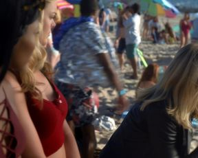 Naked scene Kristen Bell nude - Veronica Mars s04e01 (2019) TV show nudity video