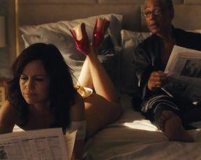 Naked scene Carla Gugino nude - Jett s01e05 (2019) TV show nudity video
