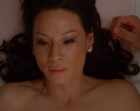Sexy Lucy Liu nude - Why Women Kill s01e02 (2019)
