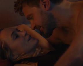 TV show scene Helene de Fougerolles nude - Balthazar s01e06 (2018)