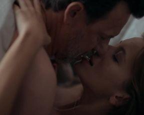 Naked scene Malgorzata Foremniak, Eliza Rycembel nude - Odwroceni. Ojcowie i corki s01e01-05 (2019) TV show nudity video
