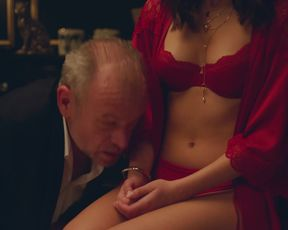Naked scene Julia Wieniawa-Narkiewicz nude - Zawsze warto s01e05 (2019) TV show nudity video