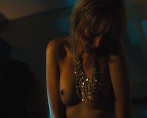 Naked scene Gaite Jansen nude - Jett s01e02 (2019) TV show nudity video
