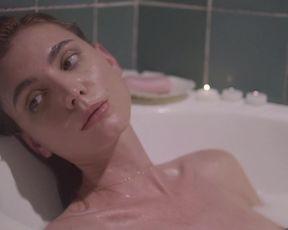 Sexy Victoria Bugallo nude - SENSES (2018) TV show scenes