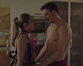 Naked scene Tara Thaller naked - Uspjeh s01e01 (2019) TV show nudity video