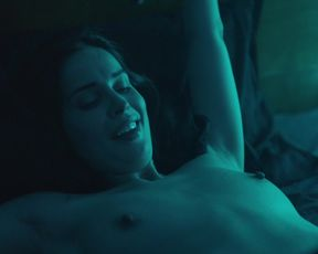 Actress Heida Reed nude - Stella Blomkvist s01e01 (2017) Nudity and Sex in TV Show