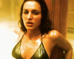 Hot celebs video Eve Mauro nude - The Steam Experiment (2009)