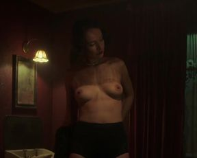 Actress Karolina Krezlova, Fleur Geffrier nude - Das Boot s01e01 (2018) Nudity and Sex in TV Show