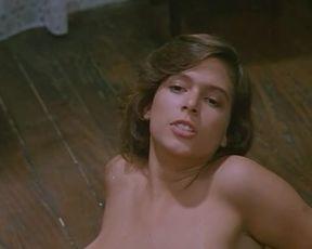 Celebrity Lesbian Video - Femmine in fuga - Lesby Classic Video